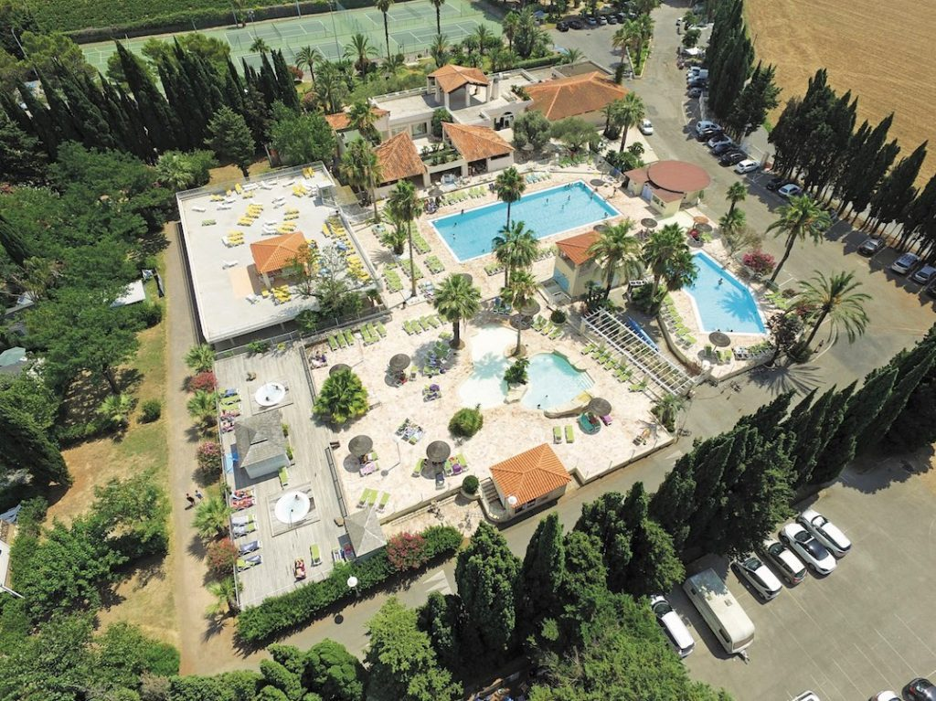 Letoile Dargens Camping Provence Cote Dazur French